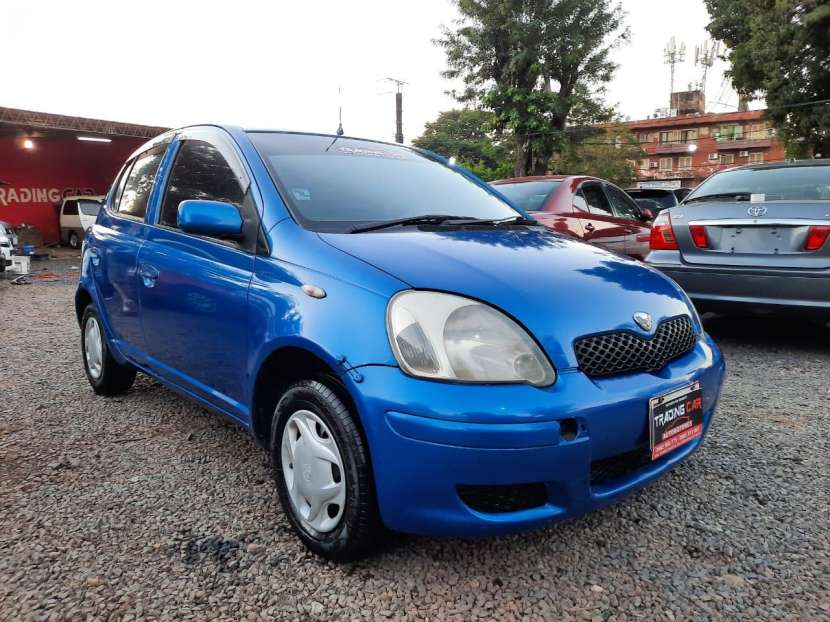 Toyota Vitz 2001 - 1