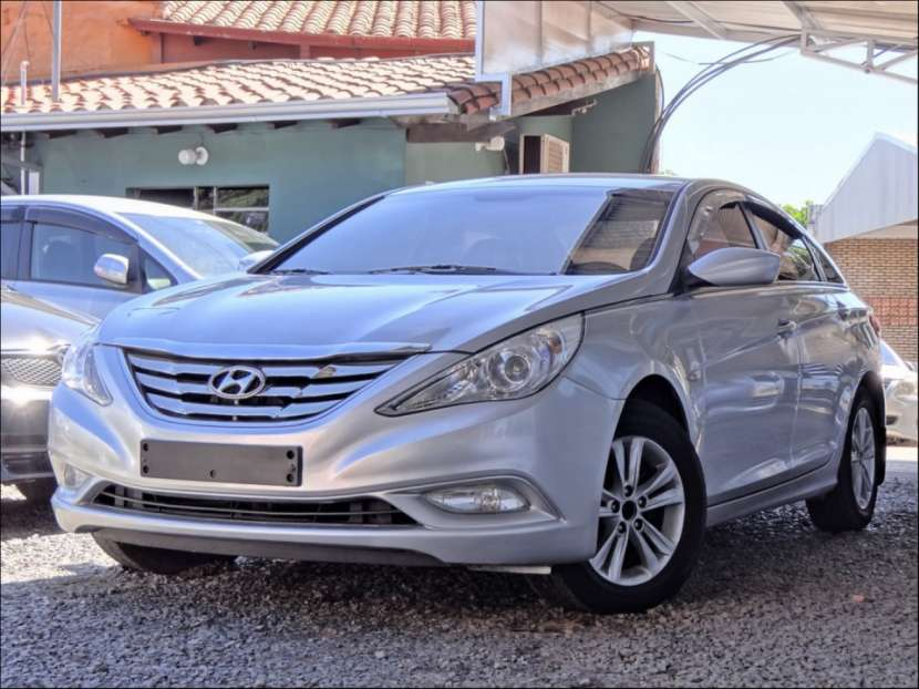 Hyundai Sonata (Y20) 2011 - 1