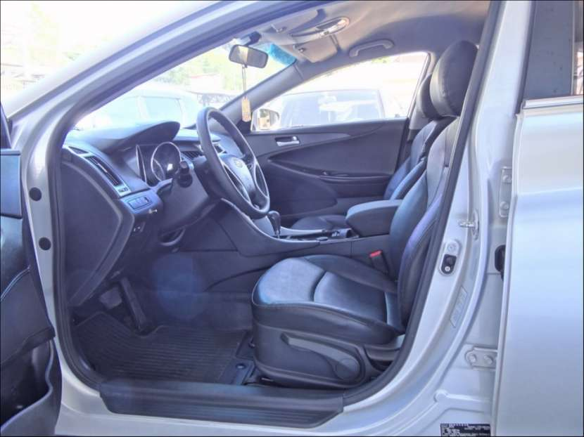 Hyundai Sonata (Y20) 2011 - 4