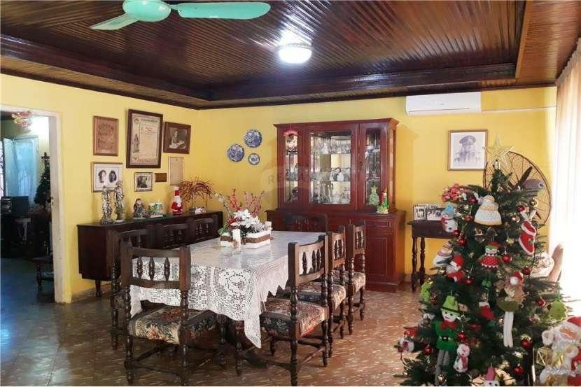 Casa con Departamento - Barrio Nazareth - 3