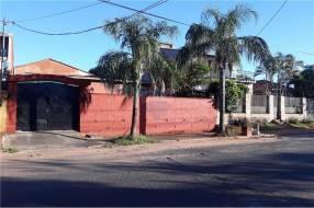Casa con Departamento - Barrio Nazareth