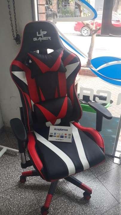 Silla gamer Up gamer negro rojo detalles en blanco - 0