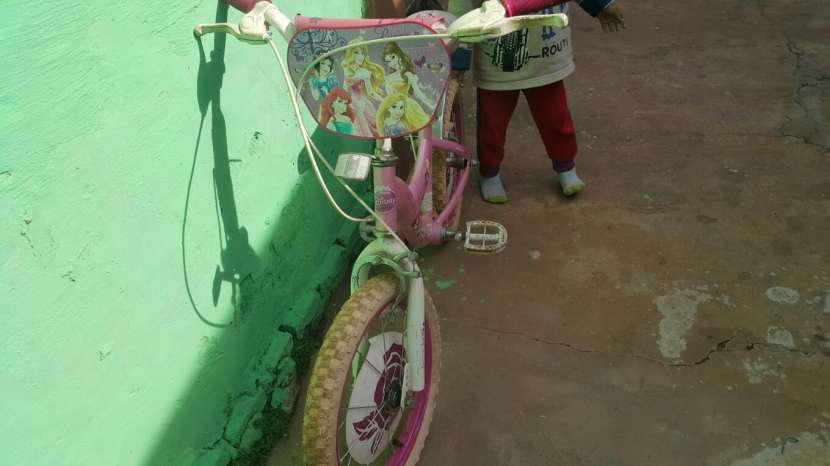 Bicicleta Caloi princesa aro 16 - 0