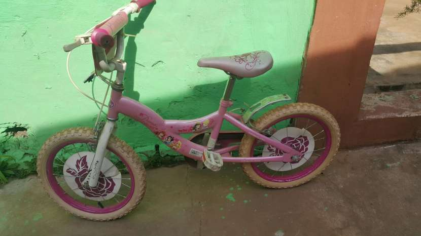 Bicicleta Caloi princesa aro 16 - 1