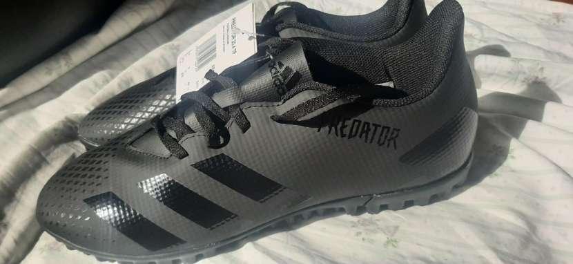 Calzado Adidas Predator - 2
