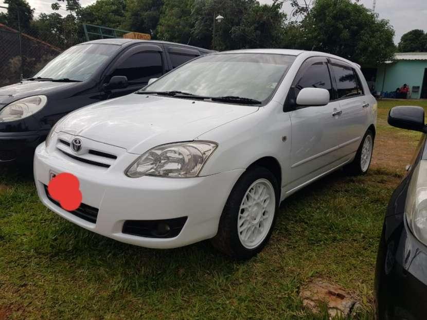 Toyota Runx 2004 - 0