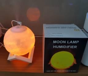 Humidificador luna iluminada