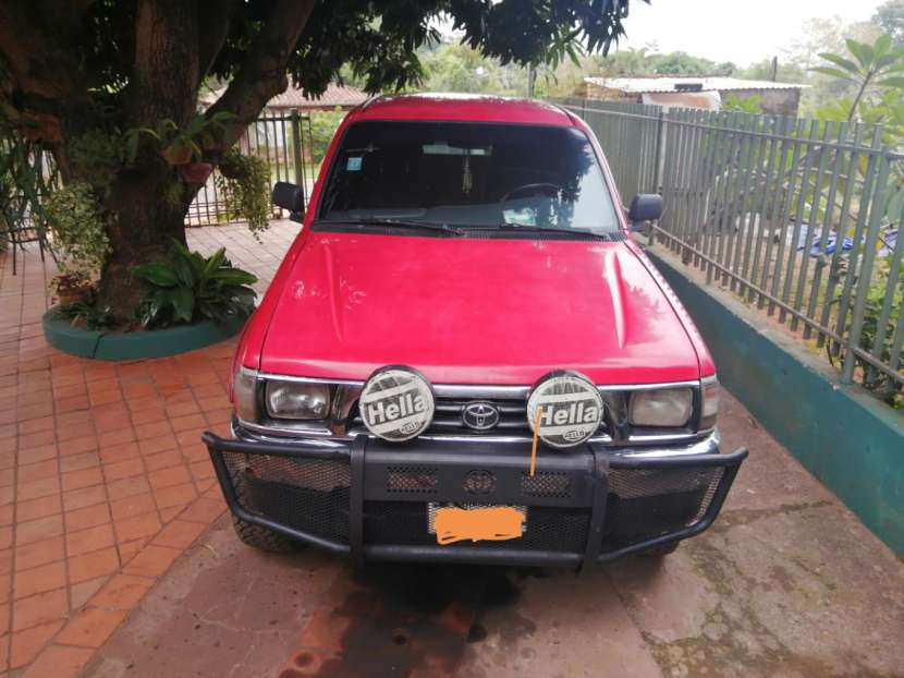 Toyota Hilux 1998 motor 2.8 diésel mecánico 4x4 - 0