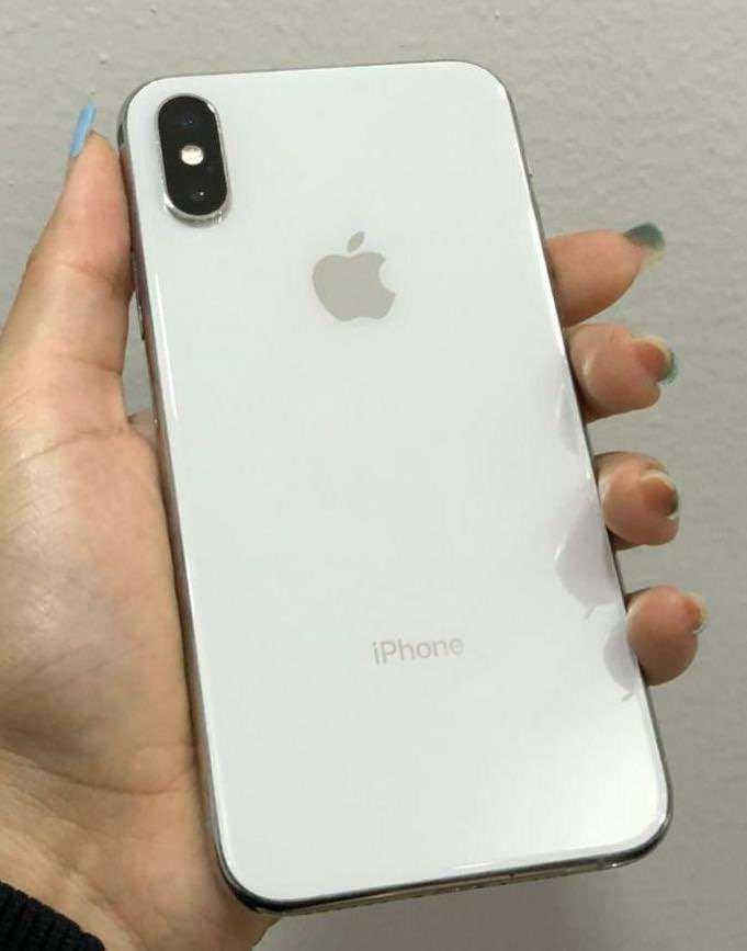iPhone X de 64 gb impecable - 0