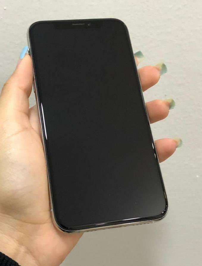 iPhone X de 64 gb impecable - 1