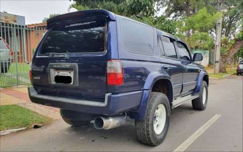 Toyota Hilux Surf - Runner impecable - 1