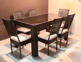 Comedor de rattán modelo Yegros 6 sillas