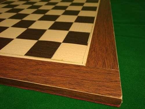 Tablero artesanal de ajedrez de madera 50x50 cm - 2