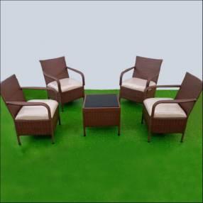 Conjunto de sillas de rattán línea Isabella x4