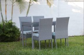 Juego de comedor de rattán color gris 4 sillas