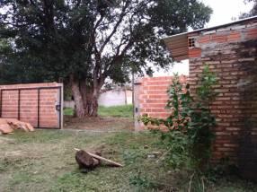 Terreno amurallado en J. Augusto Saldivar J4167