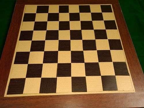 Tablero artesanal de ajedrez de madera 50x50 cm - 4