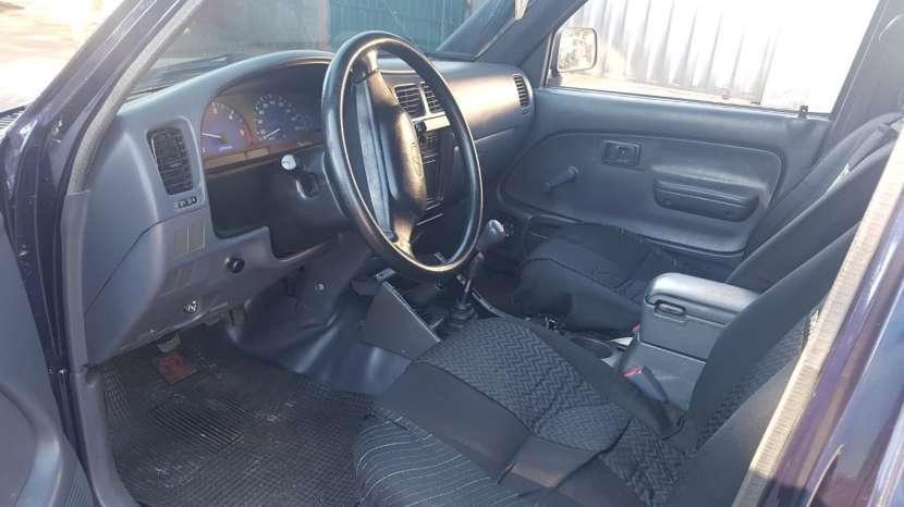 Toyota Hilux 2005 - 5