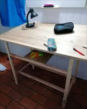 Mesa para dibujo tecnico c/silla