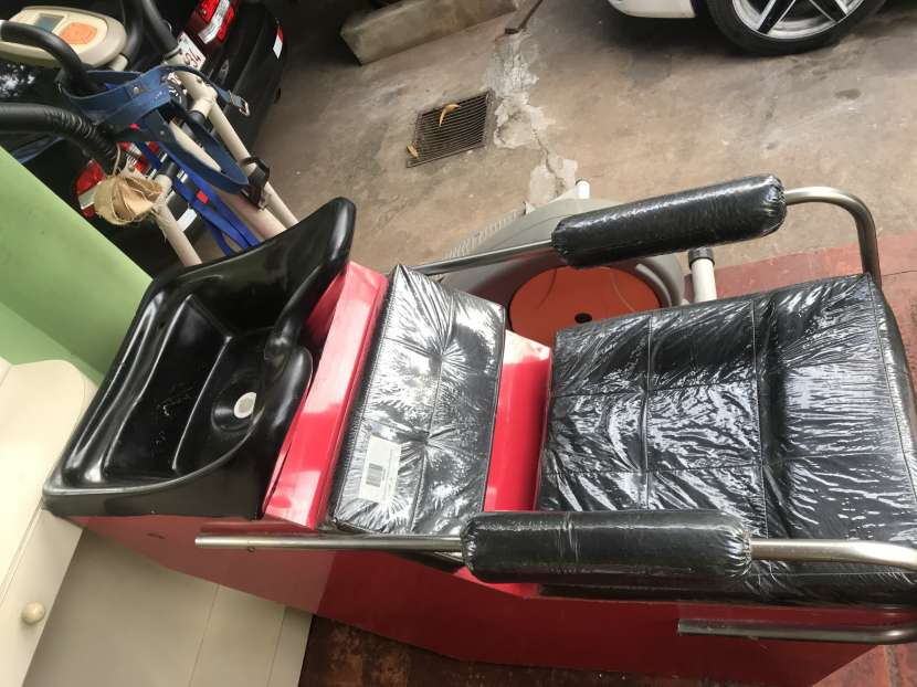 Mueble de peluquería - 1