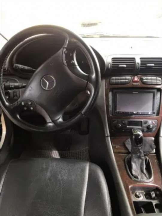 Mercedes Benz C220 CDI motor 2.2 diésel mecánico - 5