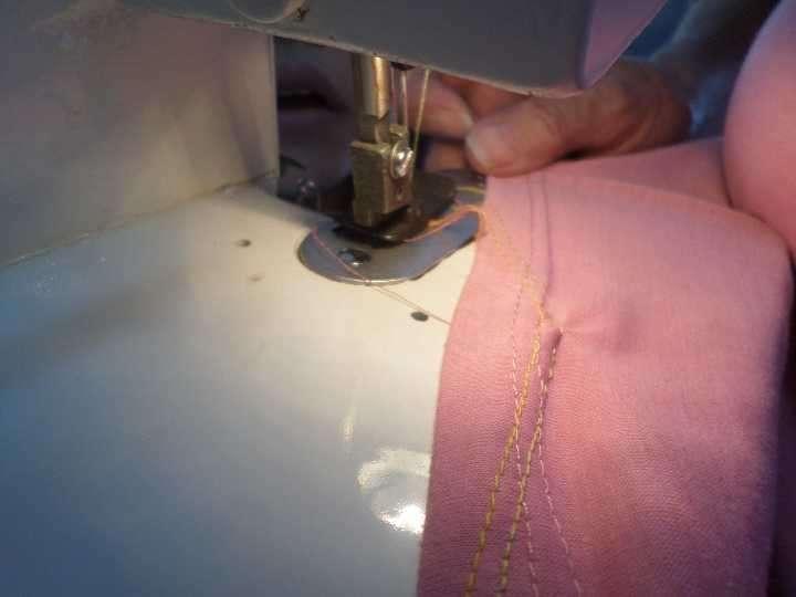 Máquina de coser familiar overlock - 1