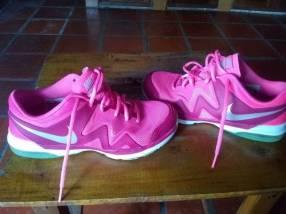 Calzado Nike original dama calce 38