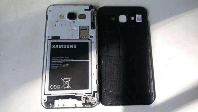 Samsung Galaxy J7 normal libre para todas las líneas - 0