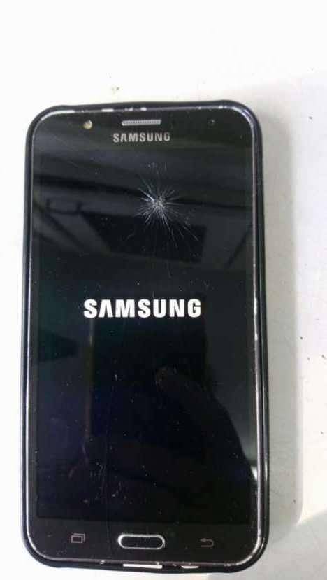 Samsung Galaxy J7 normal libre para todas las líneas - 2