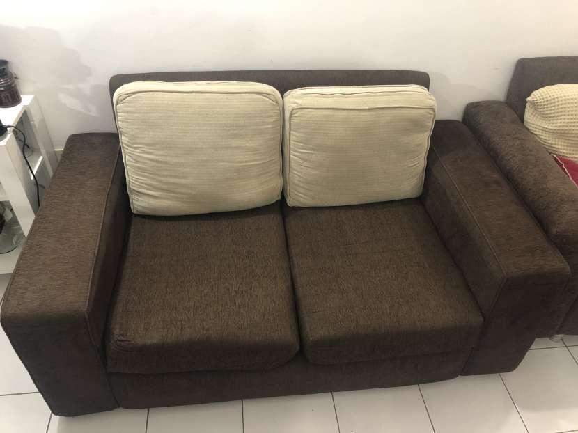 Sofa de dos cuerpos - 0