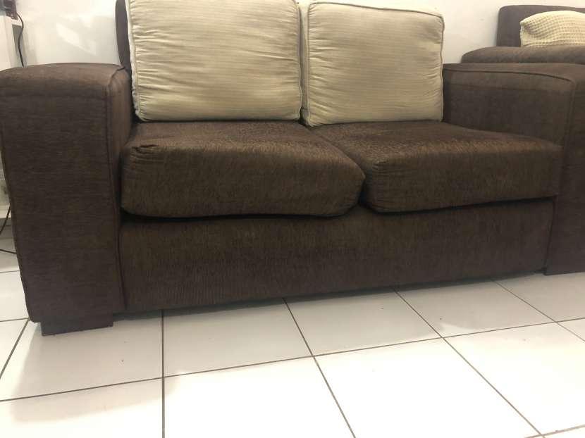 Sofa de dos cuerpos - 1