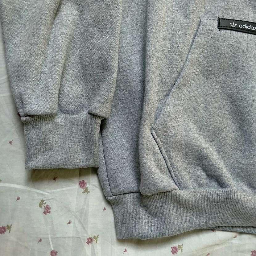 Capucha con canguro gris talla G Adidas - 3