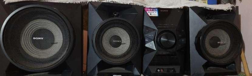 Equipo de sonido Sony 7.700 watts - 4