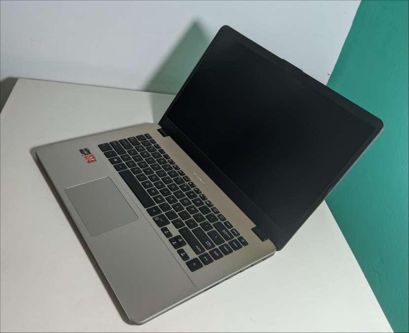Notebook Asus VivoBook Ryzen 15 pulgadas Ultra Slim - 1