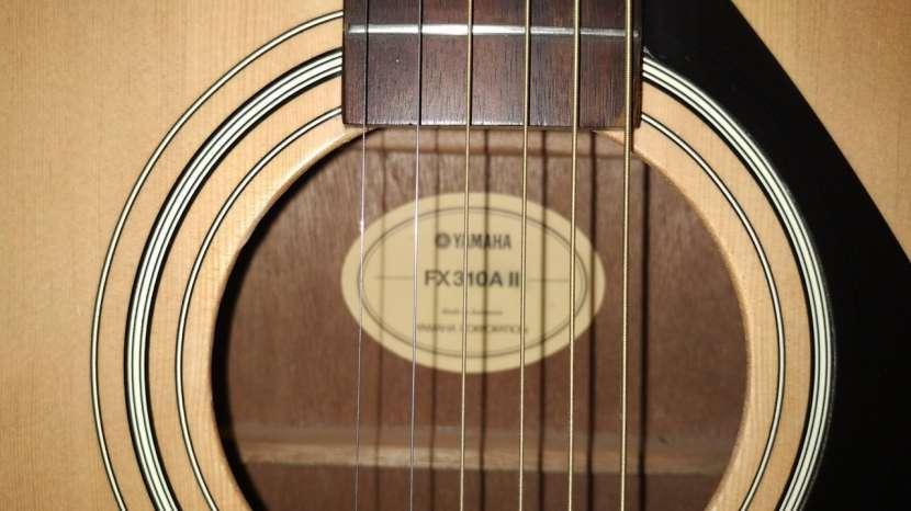 Guitarra Acústica con Microfono Yamaha FX310A II - 4