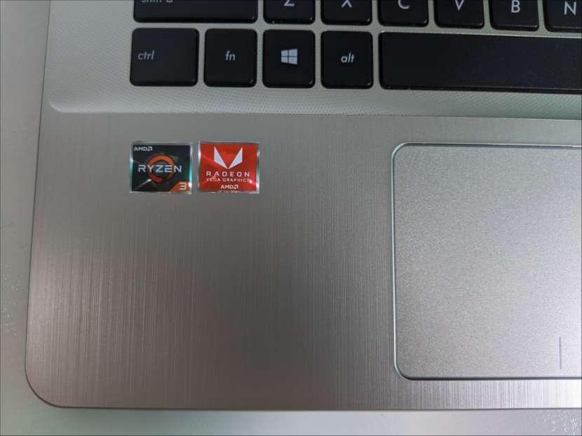 Notebook Asus VivoBook Ryzen 15 pulgadas Ultra Slim - 2