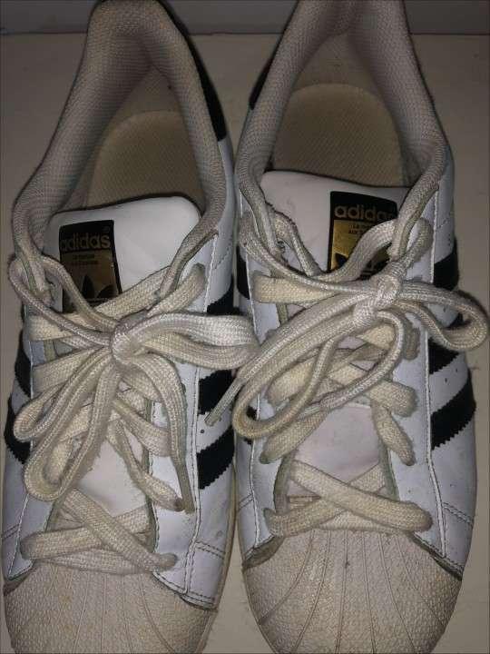 Calzado Adidas Super Star Original calce 38 - 2