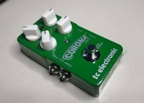Pedal Chorus P/ Guitarra Eléctrica Tc Electronic Corona Chorus