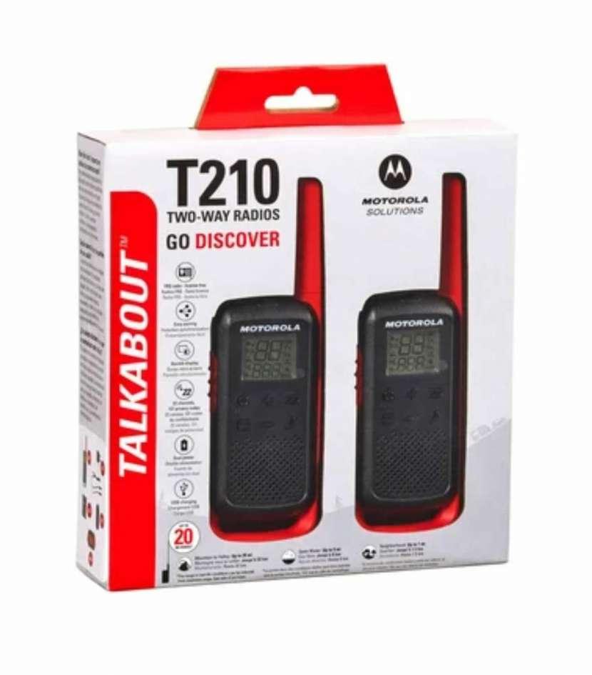 Walkie talkie Motorola T210 recargable - 0
