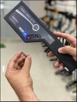 Detector de mano para seguridad