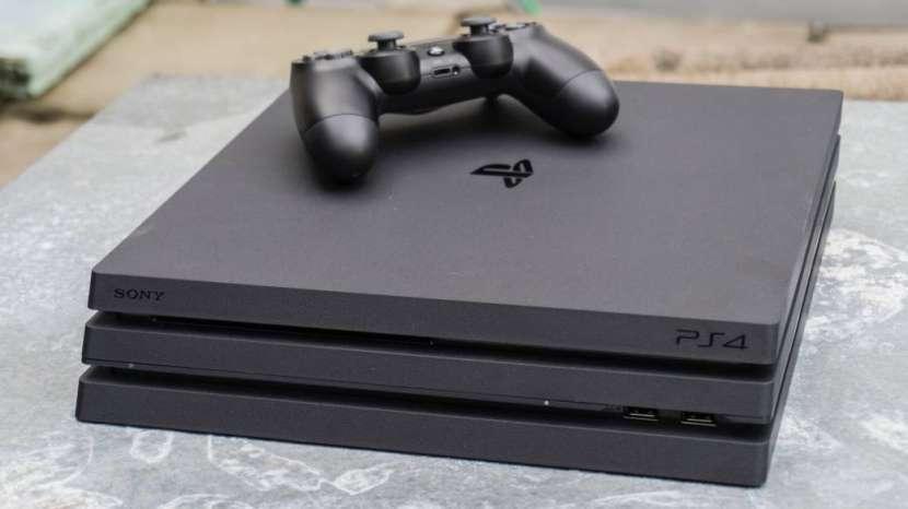 PS4 Pro 1TB 4K - 3