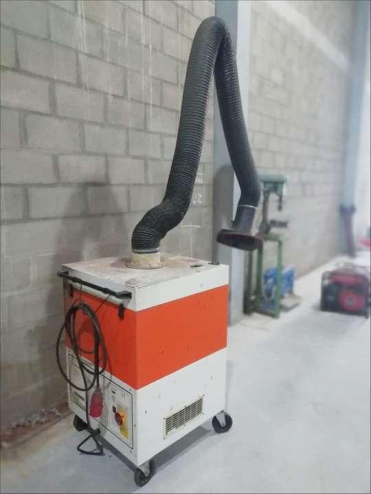 Extractor de humo alemán - 0