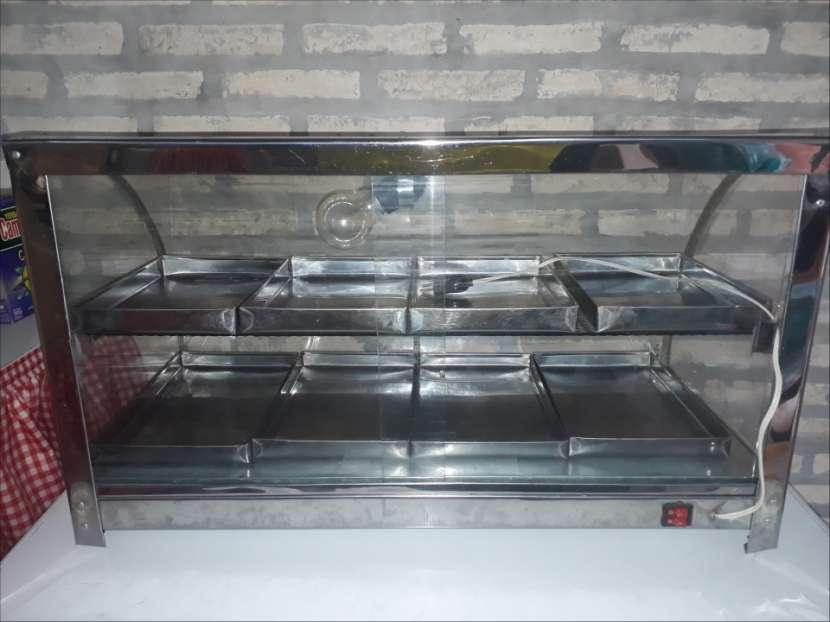 Exhibidor de empanadas de 8 bandejas - 0