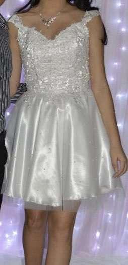 Vestido blanco de 15 años - 1