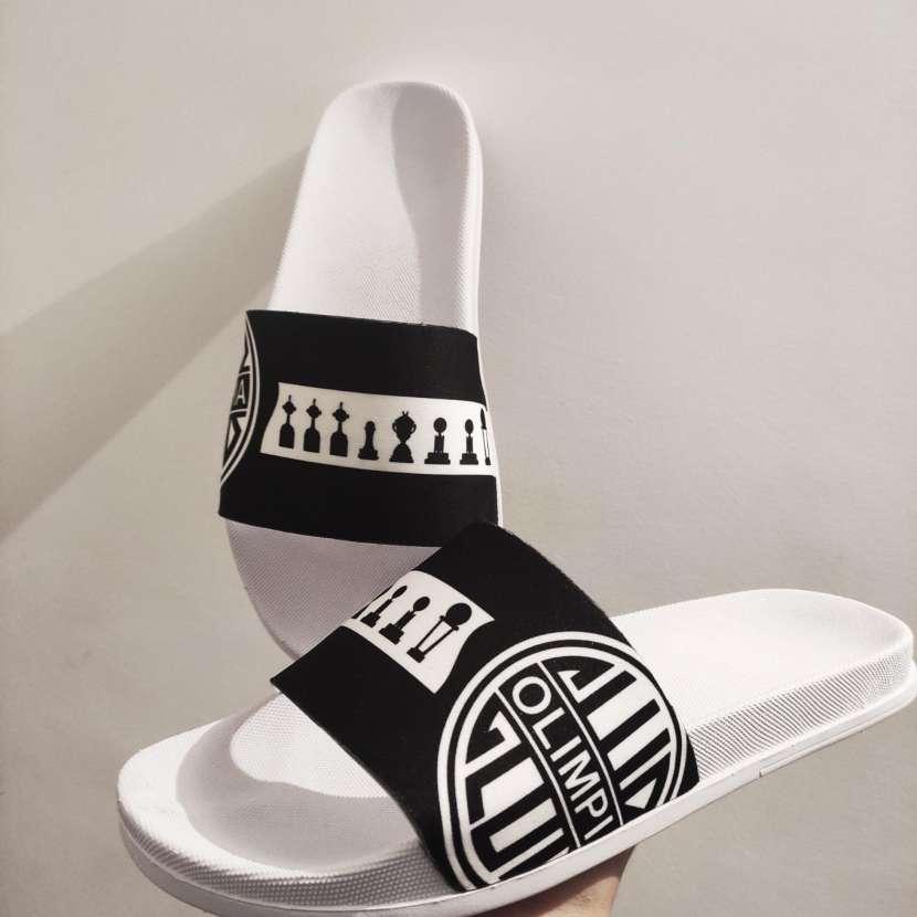 Zapatillas personalizadas de Olimpia - 0