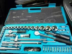 Juego de llaves tubos profesional de 52 piezas