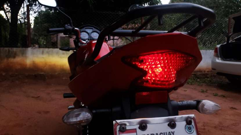 Moto Yamaha Ybr125z 2017 - 5