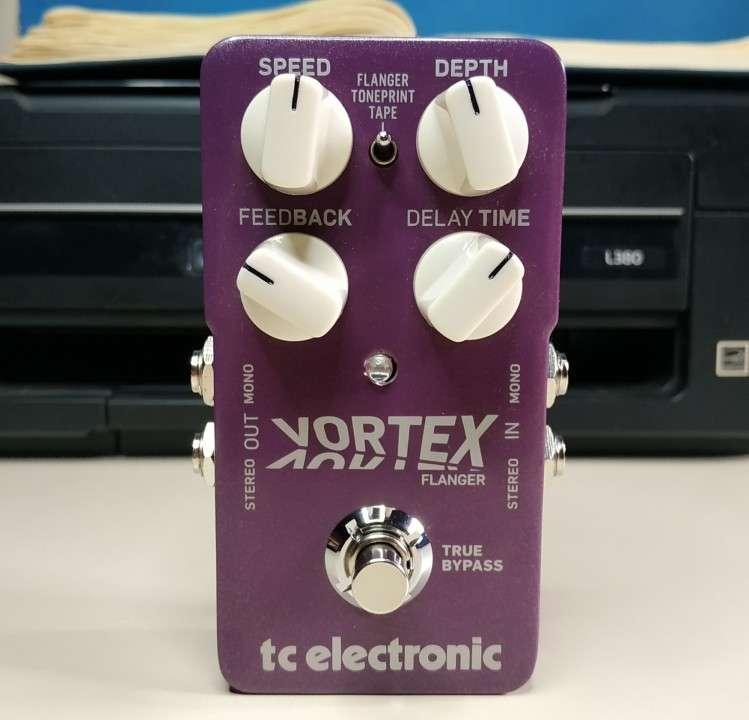 Pedal p/ guitarra eléctrica TC Electronic Vortex Flanger - 2