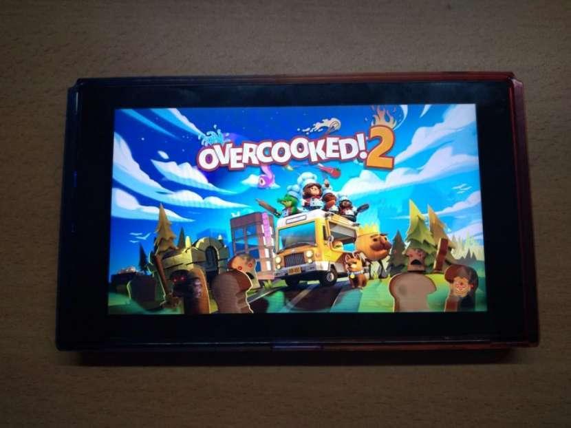 Nintendo Switch - Con 4 Juegos - 8