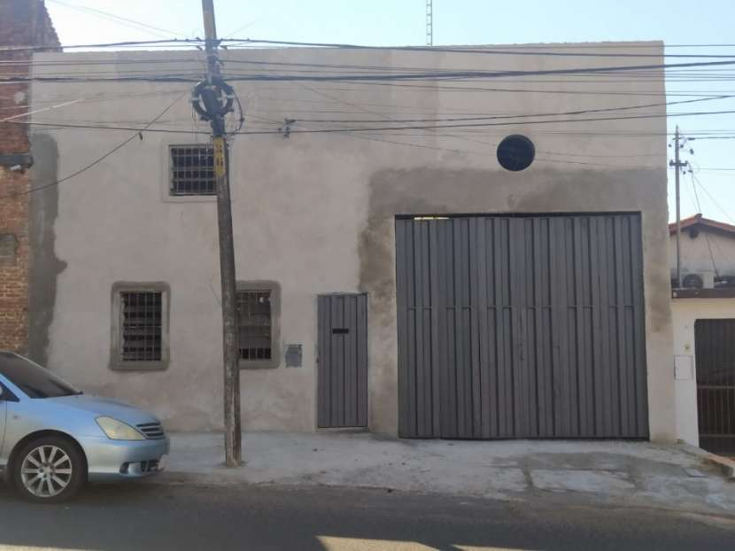 Depósito en Asunción detrás del Gran Vía - 1